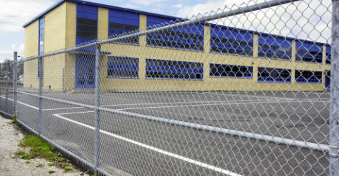 Chain fencing for industry